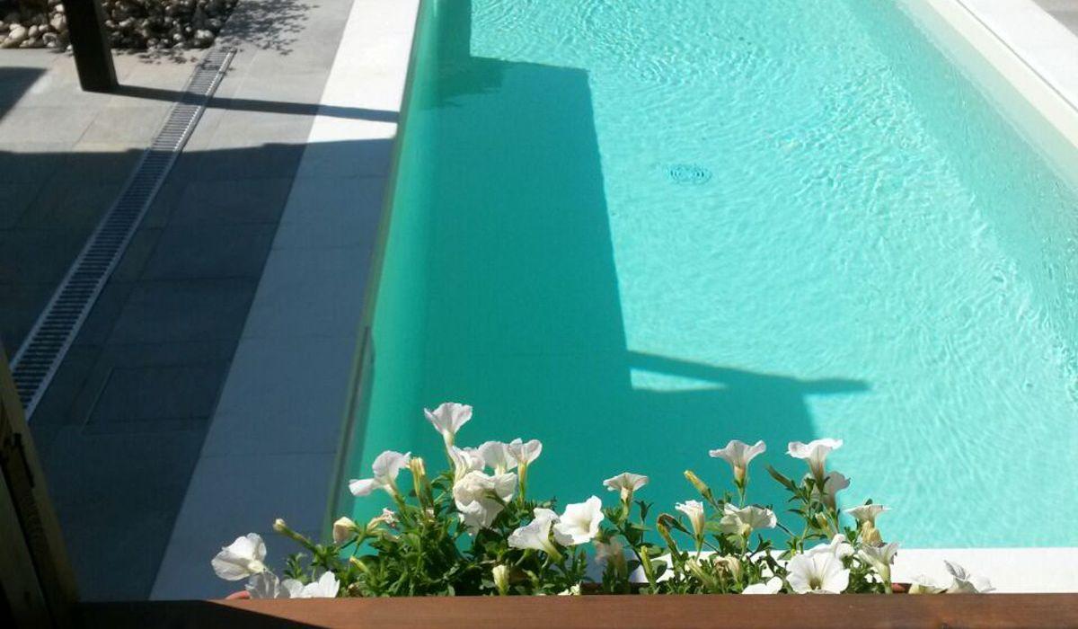 piscina-Veronella-7b513283db9b4dfec0c6ca14ae05259d.jpg